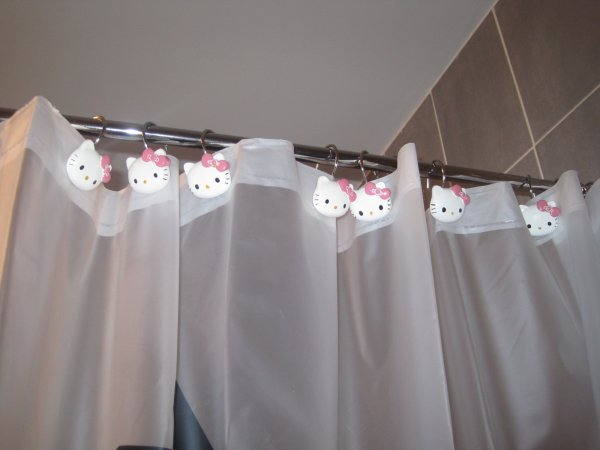 Hello Kitty Douche